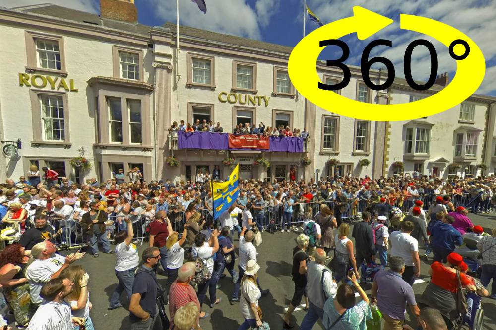 Durham Miners Gala 360 interactive image puts you at heart of the action
