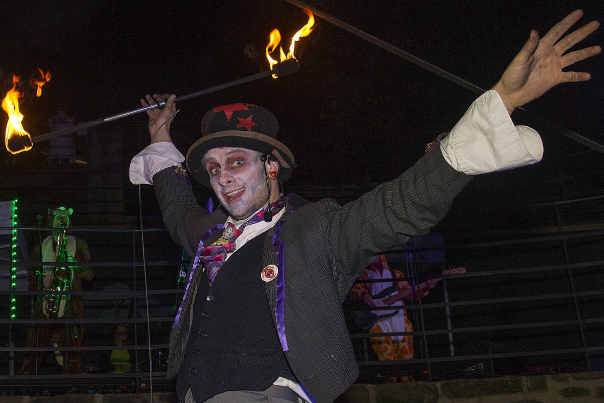 Wharton Park Halloween event 2019 sees Let's Circus bring brand new family show